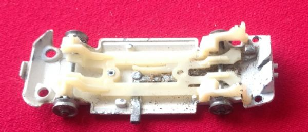 Corgi #336 - Original - James Bond Toyota 2000 GT - Baseplate ( With NO rear inside metal strip it is missing )